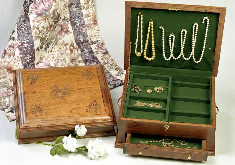 Amish Cherry Jewelry Chest