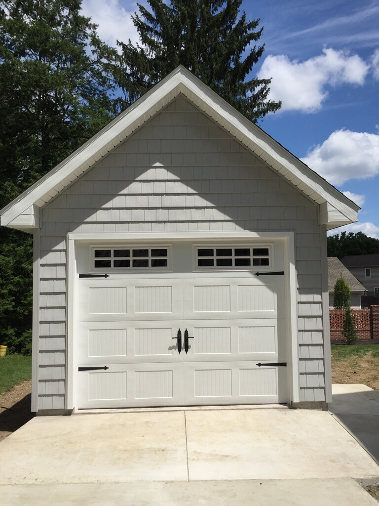 12x20 10 12 and cedar impressions with carriage style garage door1 One Car Amish Garages